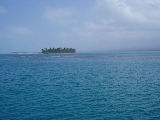 Feb '06 - Dangerous Reefs Abound, San Blas Islands - click to enlarge