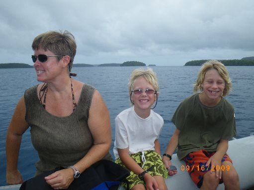 Sep '09 - Susan, Finn & Timothy on a snorkel outings - click to enlarge