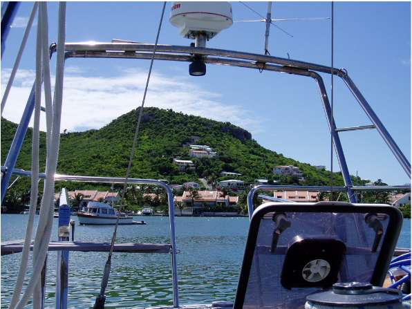 "Oct '04 - View from Aft Deck of ""Daydream"" - click to enlarge"
